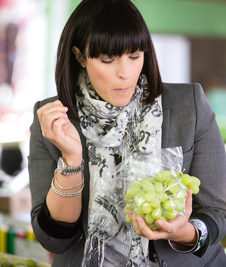 anna_richardson_grapes.jpg