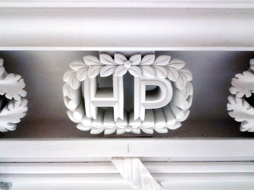 hyde park emblem.jpg