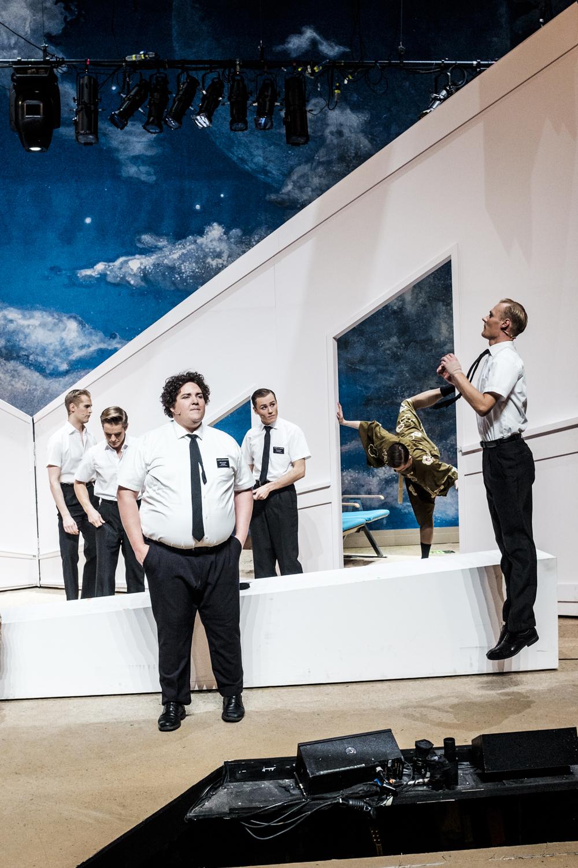 Cast of Book of Mormon at Det Norske Teatret