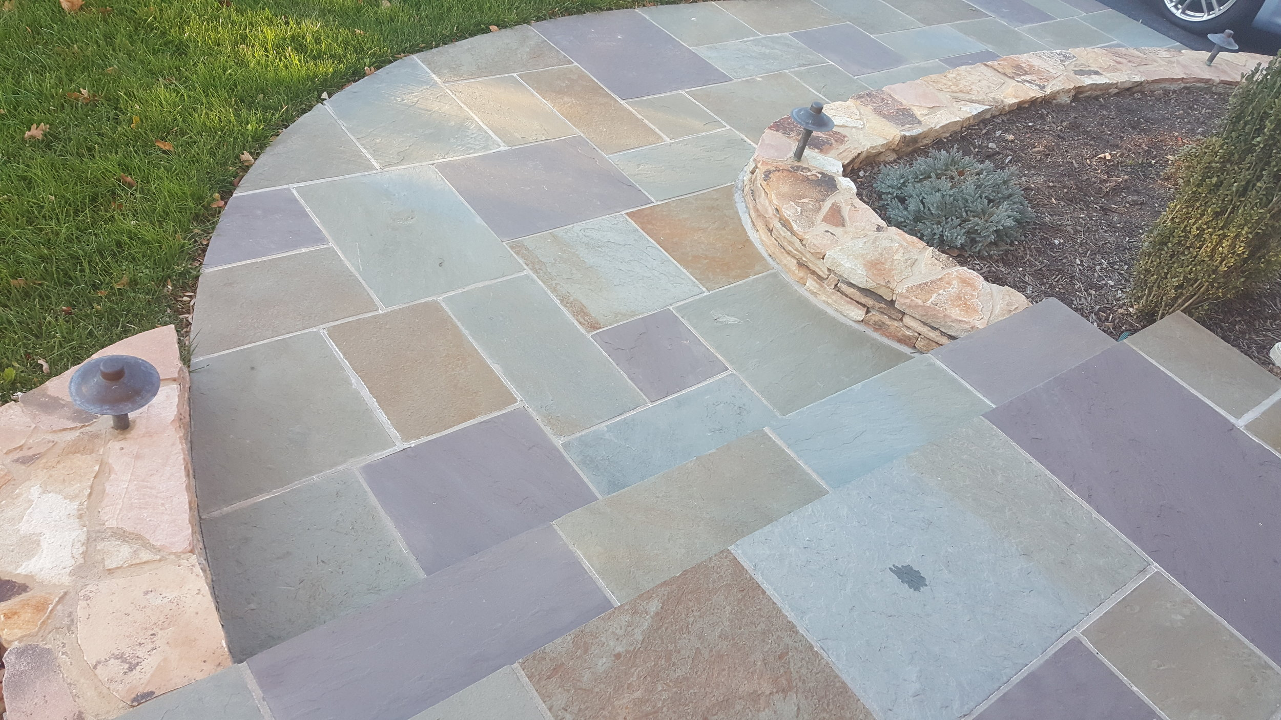 Flagstone-Walkway-Multicored, Curving.jpg