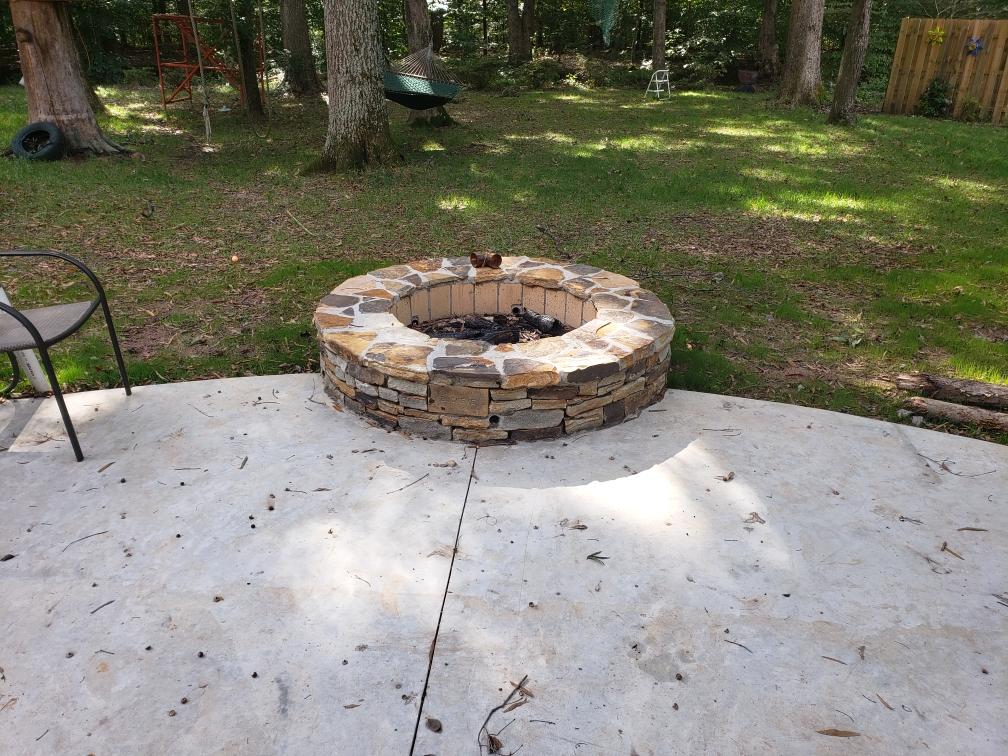 Firepit. Tennesse Stone (2).jpg