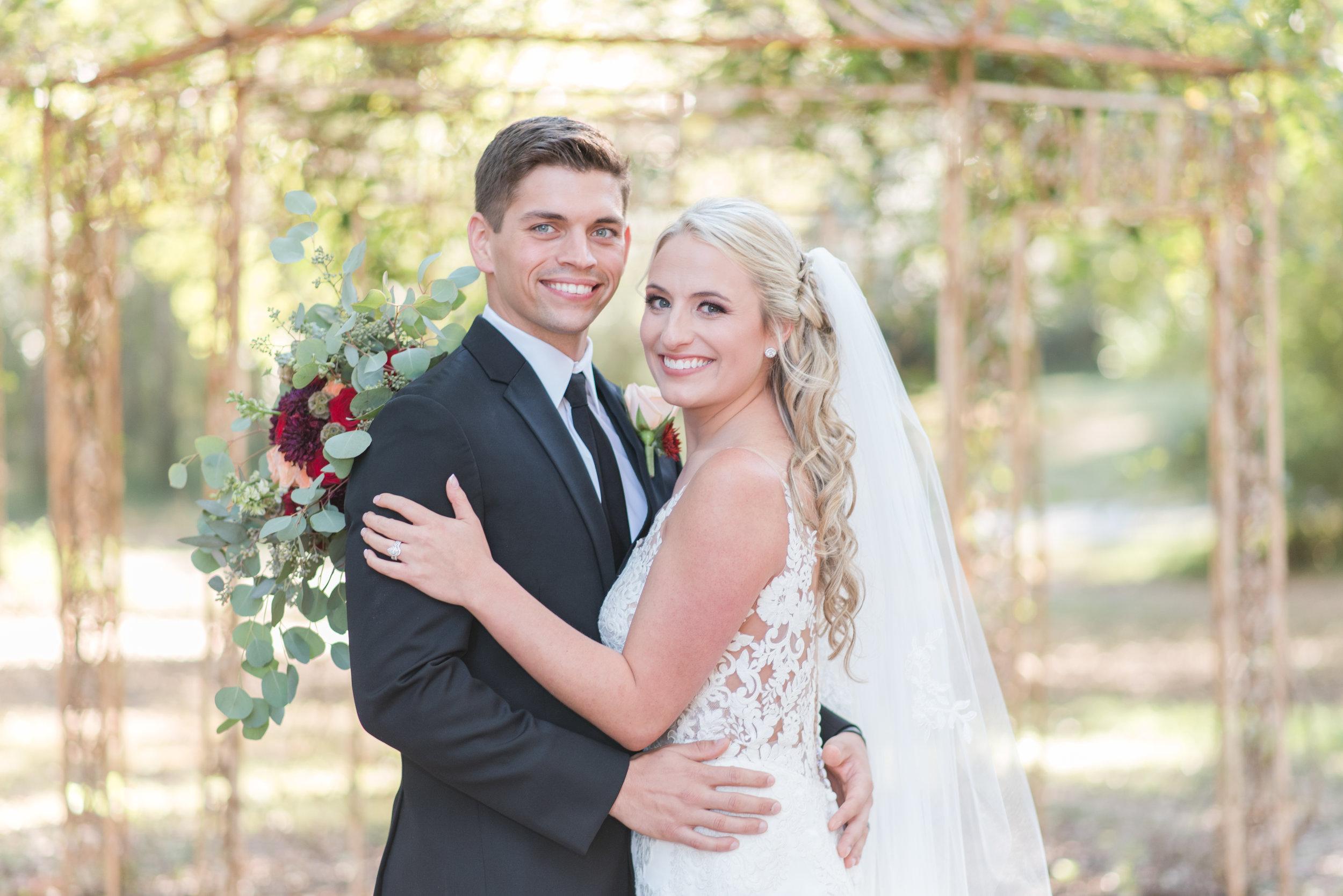 Emily and Travis Sneak Peek 2-7.jpg