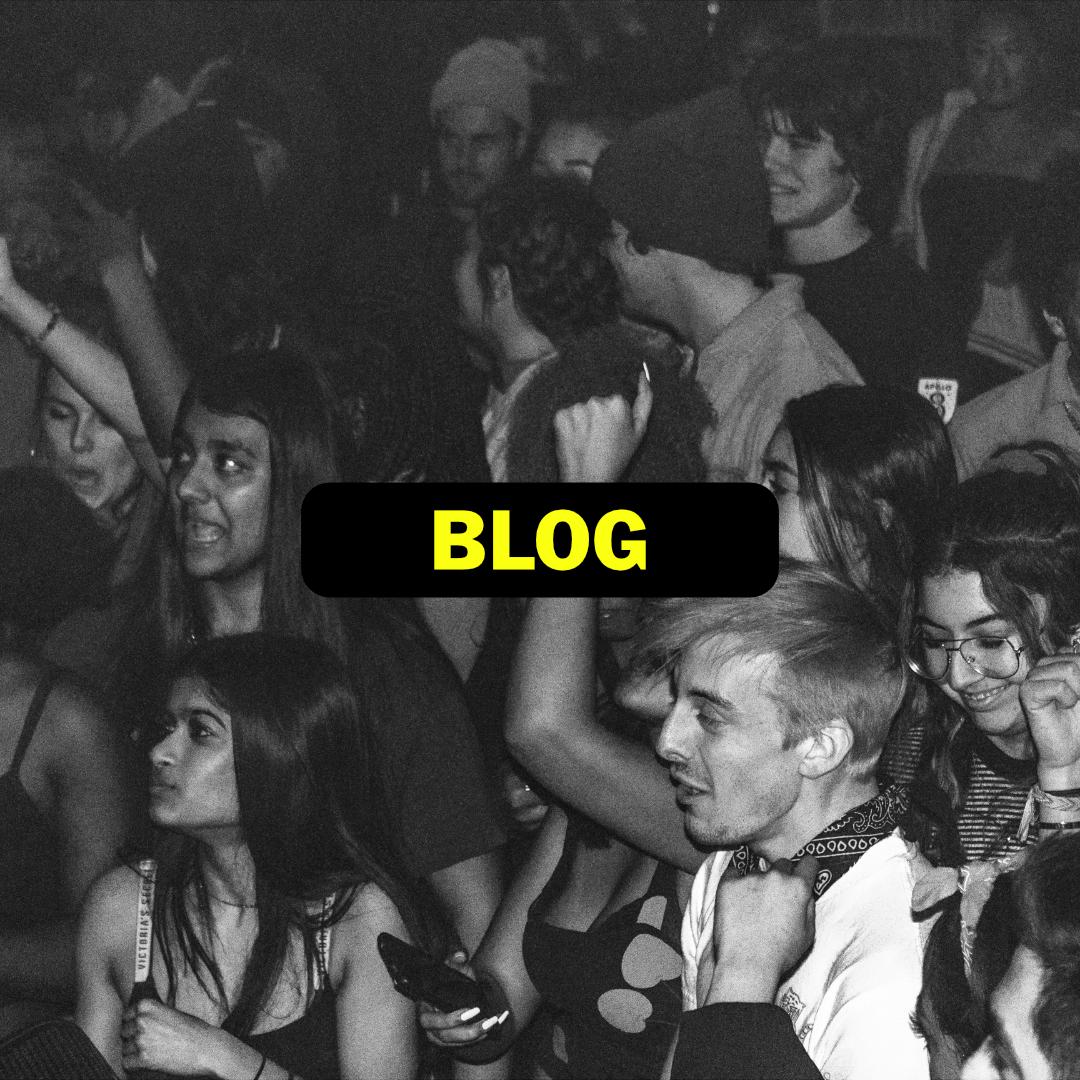 smallworldlive blog.jpg