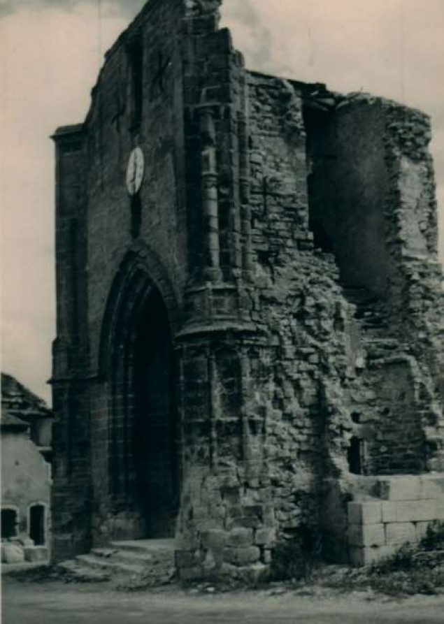 destructioneglise4-640_635_893_90.jpg