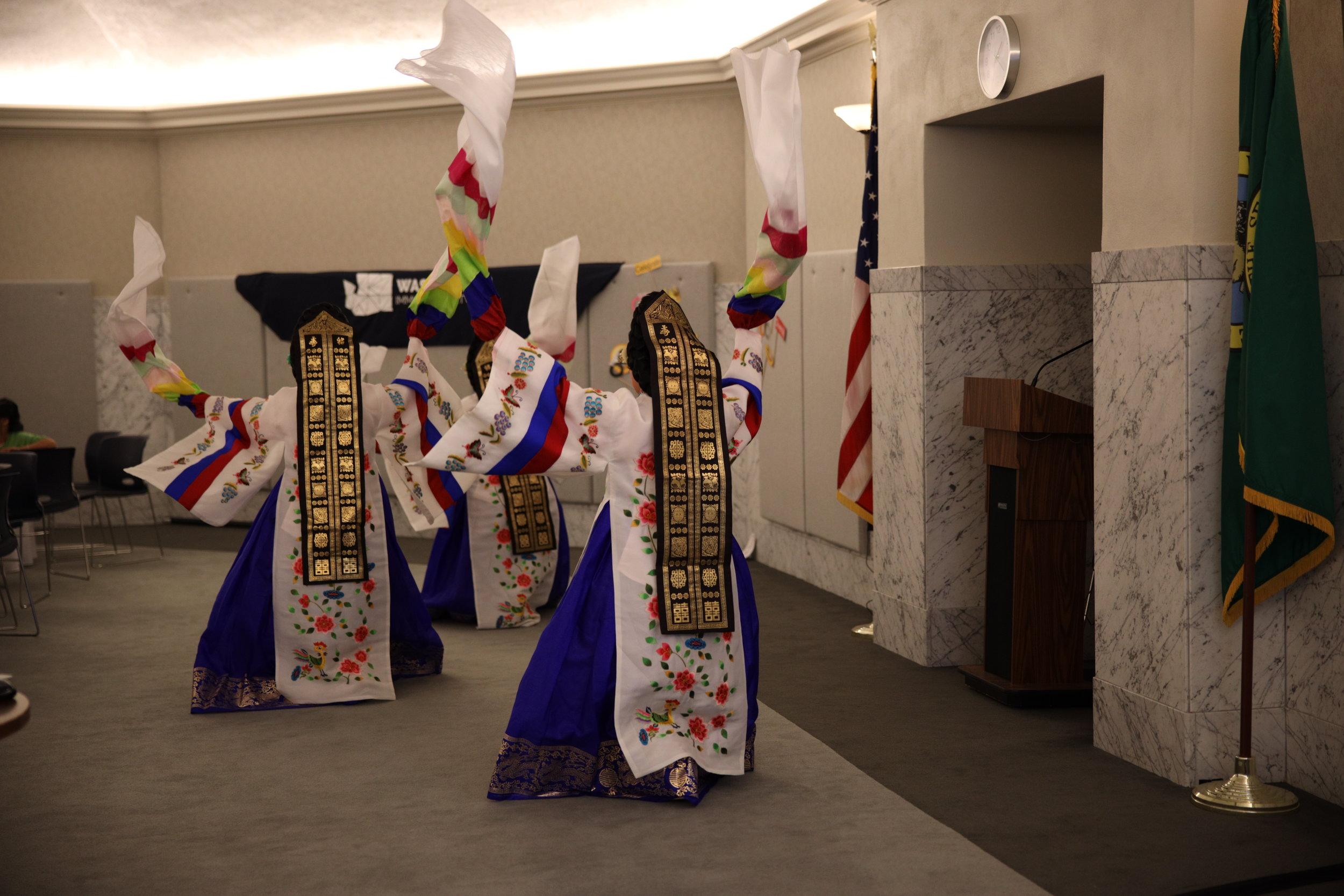 WIN 1st Anniversary Celebration Oregon Korean Performing Arts 2.JPG