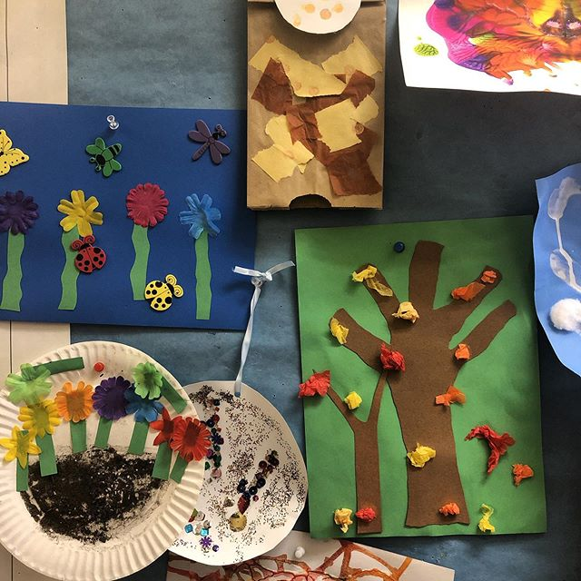 Stop by for Art Class with Ms. Erin today at 11:15! 🎨  #playsapce #familiesfirst #art #class #cool #brooklyn #cobblehill #kids #families # summer #family #preschool #dropin #summer