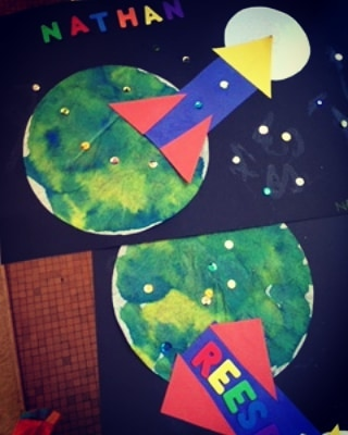 Join Ms. Nanette on a trip to outer space! Level 1 still has spots available for the upcoming week!  #summercamp #outerspace #artproject #familiesfirst #toddlerart
