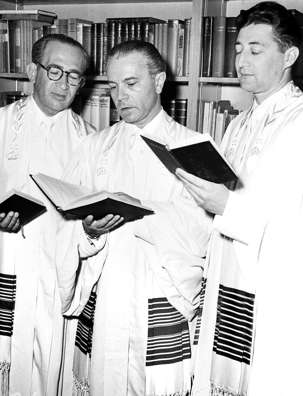 rabbis2.png