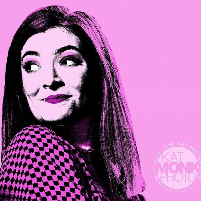 Lorde by Kat Monk! $85 8x10 watercolor print #art #popart #midcenturymodern #midcentury #midcenturystyle #midcenturydecor #artist #photographer #musicphotographer #editorialphotographer #katmonkphoto #katmonkphotography