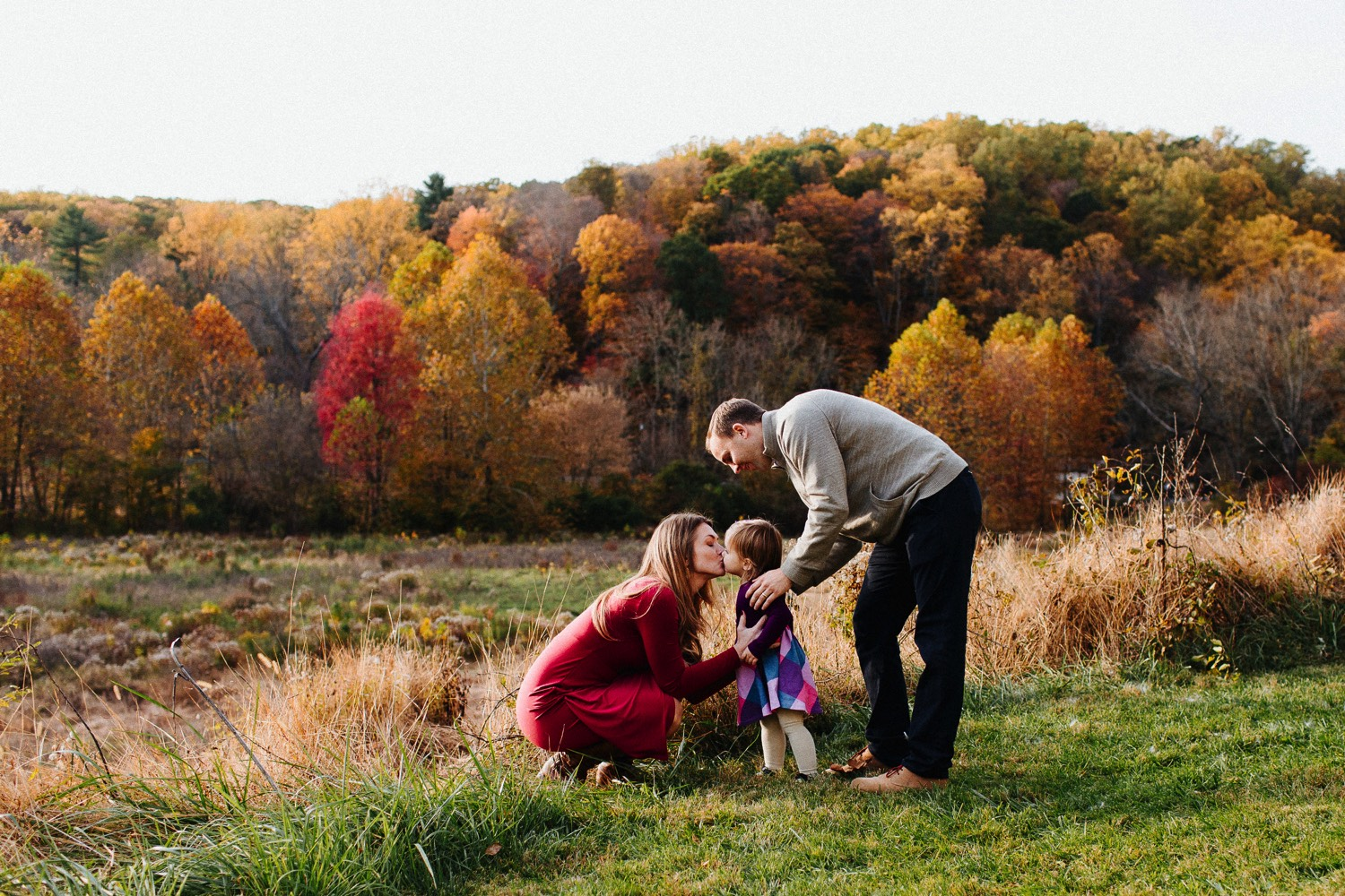 0011_17_11_04_morris_family0087_photography,_fall_leaves_kids_family.jpg