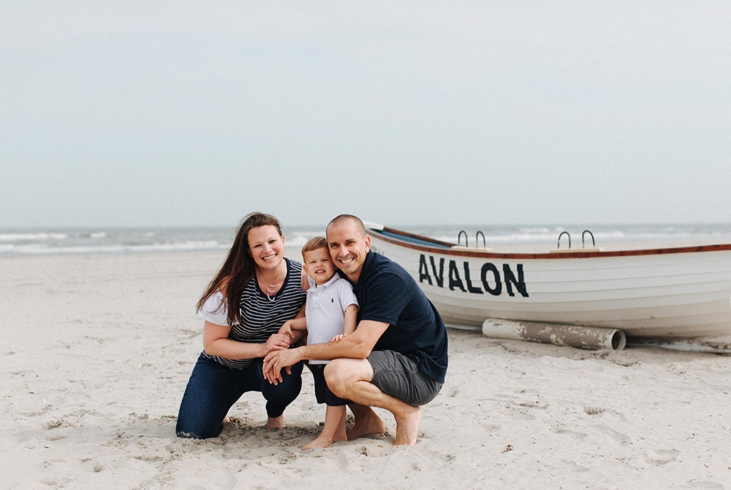 02_beach_lifestyle_photography_avalon_family.jpg