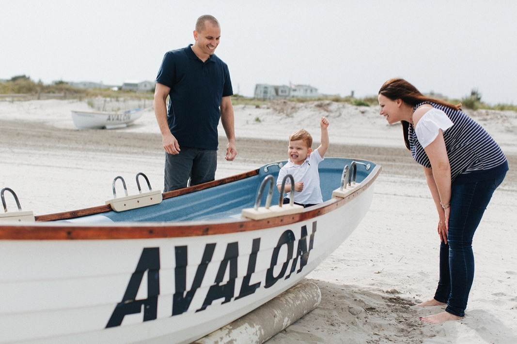 04_beach_lifestyle_photography_avalon_family.jpg