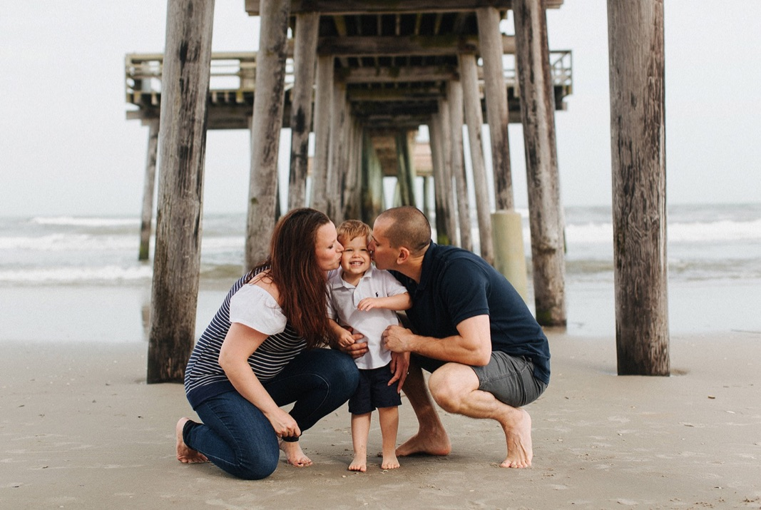 16_beach_lifestyle_photography_avalon_family.jpg