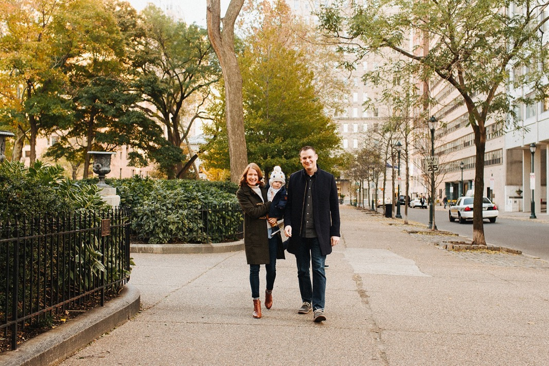06_lifestyle_rittenhouse_photography_philadelphia_family.jpg