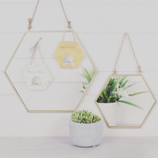 ✨Mirror, Mirror on the Wall, Who is the Fairest of them all💁🏼‍♀️? Check yourself in our Gold Geometric Mirrors coming soon! From just £5.99! #mirrorselfie #mirrormirror #mirrormirroronthewall #goldmirror #dailydecordose #wednesday #happyhumpday #homedecor #homesweethome #homeatlast #homeinteriors #homeinterioruk #giftideas #giftideasforher #reflection #mirror #hangingmirror #homeideas #homeaccessories