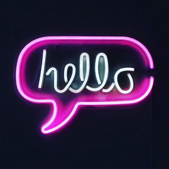 👋🏼Hello... is it me you're looking for💁🏼‍♀️! Just in: Shop our Neon Sign LED Light now🛍 #homeatlast #homedecor #homestyle #neonlights #neonlight #ledlights #neonsigns #neonsign #hello #luxeinteriors #interiorsonabudget #interiorinspo #dailydecordose #dailydecordetail #speechbubble #wallart #wallartdecor #wallartdecoration #helloisitmeyourelookingfor #thursdaythoughts #giftforher #giftforhim
