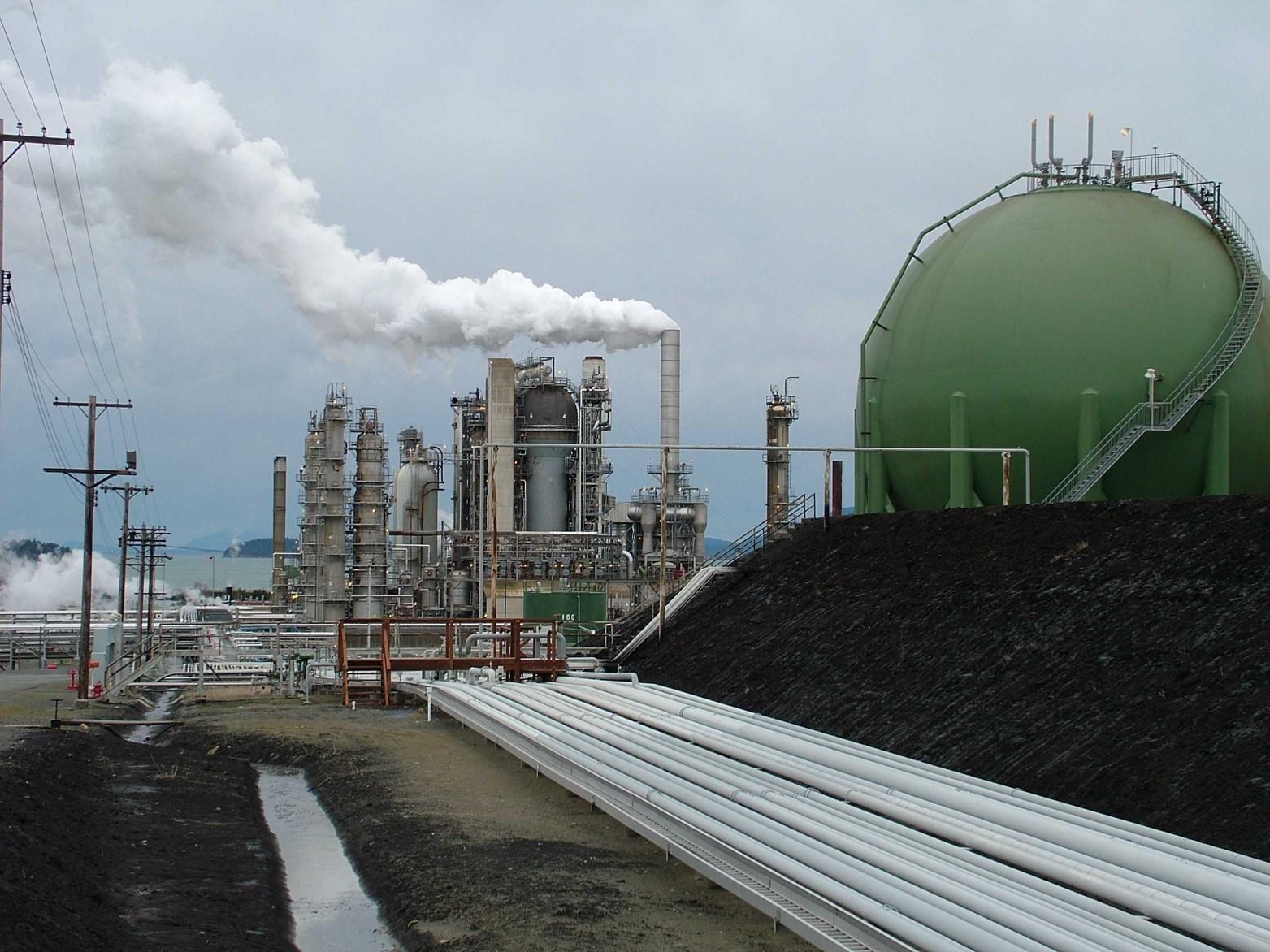 refinery-in-washington.jpg