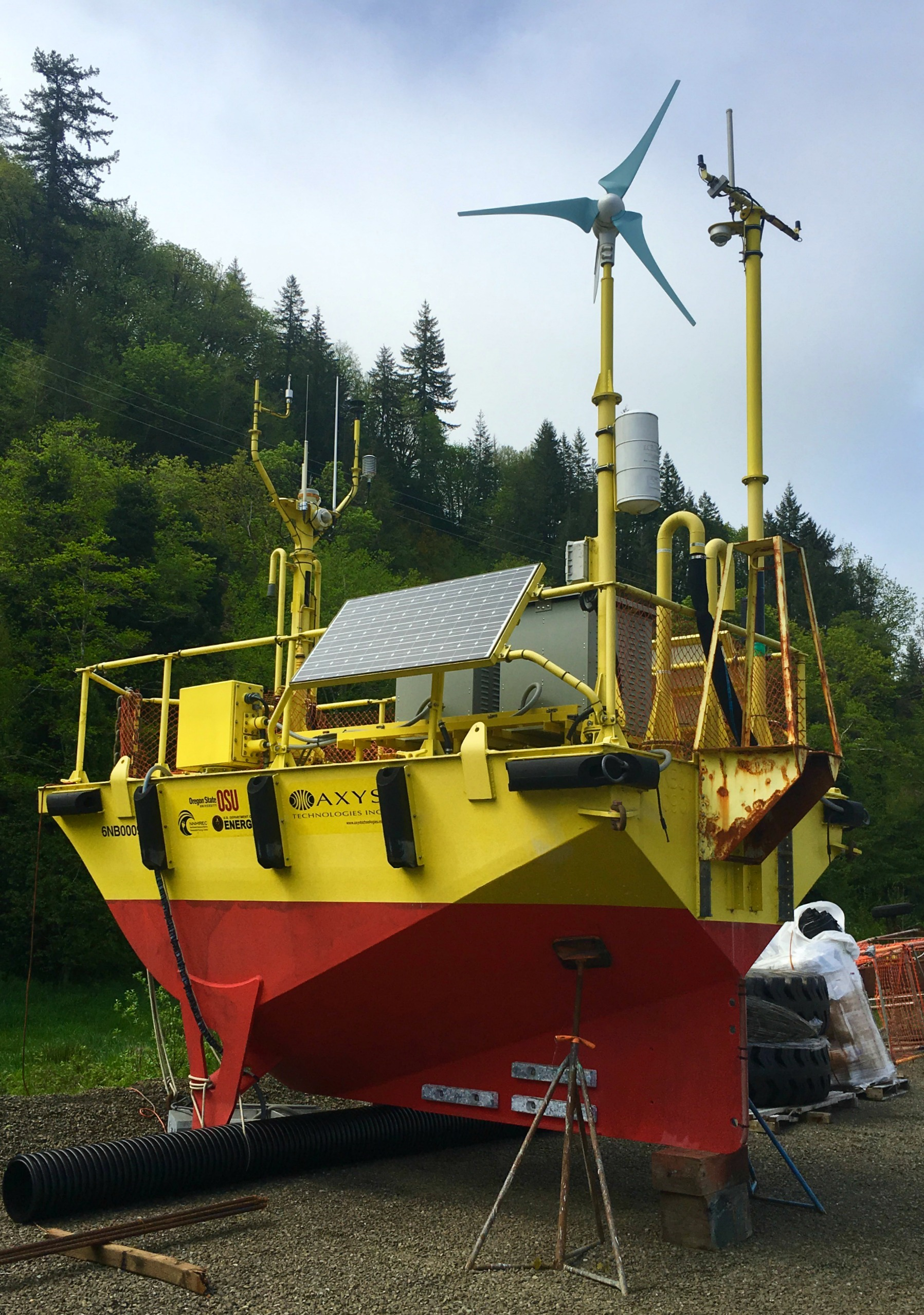 3-osu-ocean-sentinel-wave-test-buoy.jpg