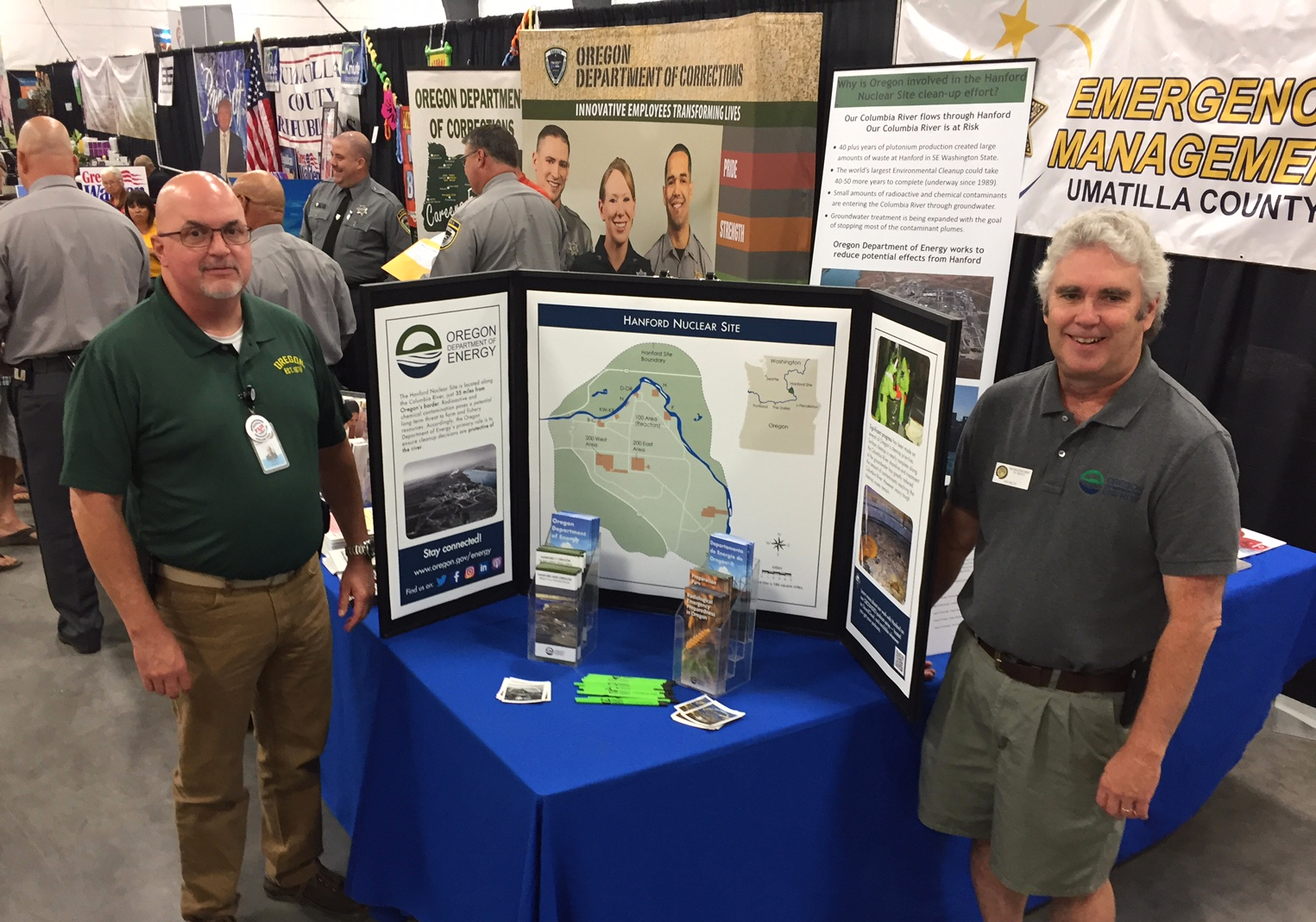 Our Mark Reese (left) and Ken Niles fielded and array questions at the Umatilla County Fair in  Hermiston .