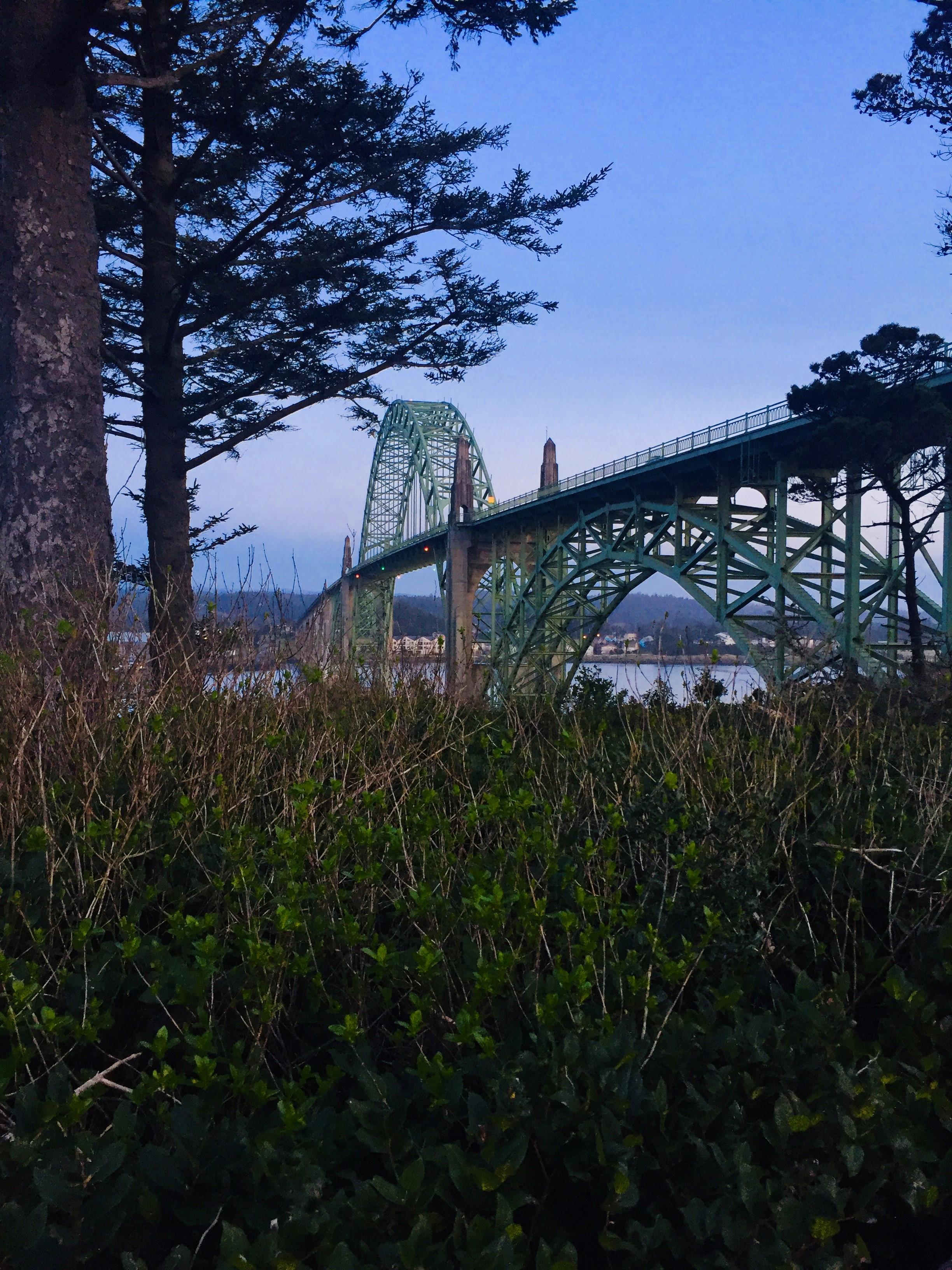 Newport Bridge Oregon.jpg