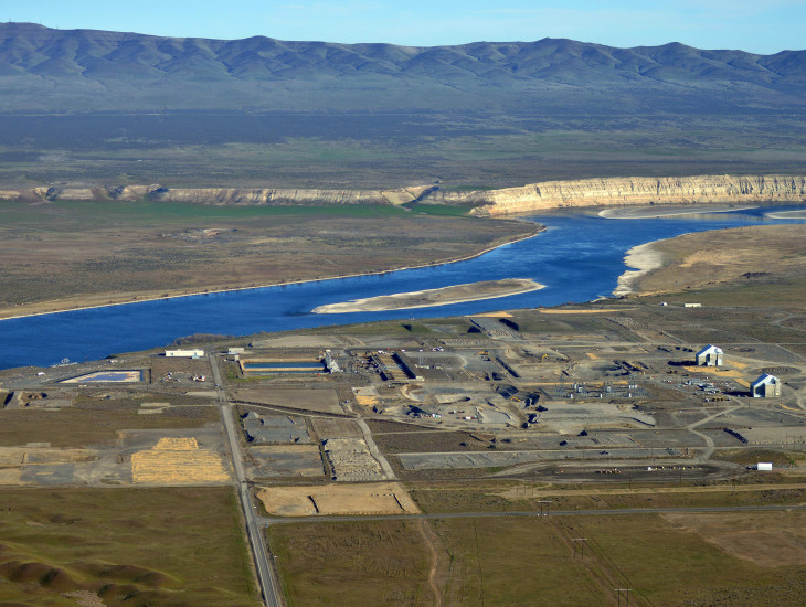 Hanford with White Bluffs.jpg