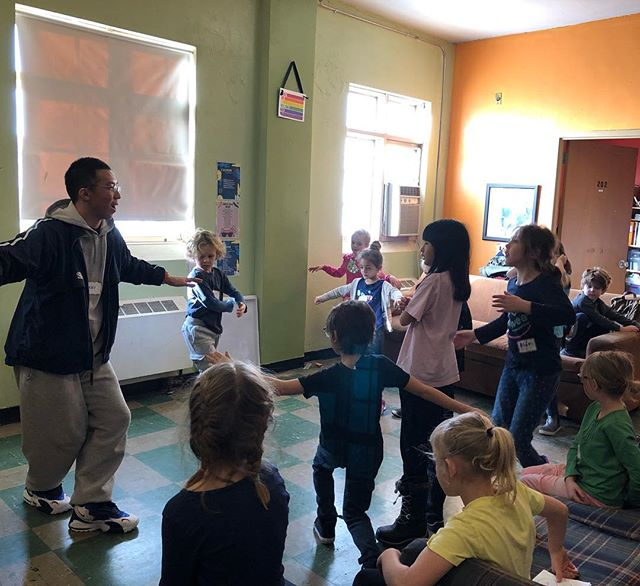 Urban Arts Academy kids having fun learning some break-dancing during after school release day! #uaakids #dance #art #creative #fun