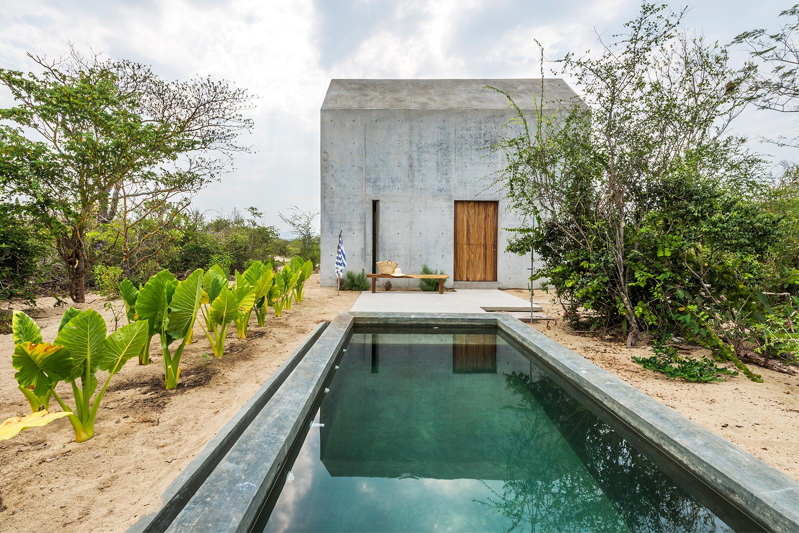 Casa Tiny: Available to rent via    boutique-homes.com    &    AirBnB