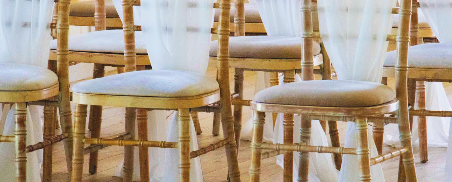 rental decor - TABLE SETTINGS · FLOWERS · CENTERPIECES · UNIQUE PIECES
