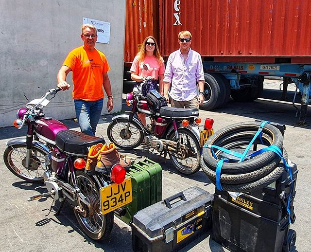 Here's the bikes all packed up outside the international shipping company - been back for a few days now and coming to terms with the end of an epic adventure. Planning on more challenges to continue to raise money and awareness for @alzheimersresearchuk - any thoughts on what we should do next? • #fundraising #alzheimers #route66 #charity #justgiving #endalz #teamARUK #fizzy #fs1e #yamaha @alzheimersresearchuk