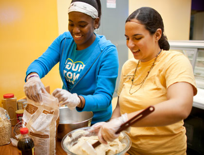 Turkeypalooza brings Wake Forest students, faculty, and staff together to help celebrate the Thanksgiving season with our community partners who are working to reduce food insecurity in the Winston-Salem community., Volunteers cook and deliver over 450 meals across the city.