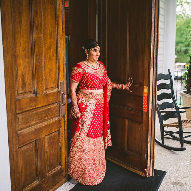 The beauty of color!! Congratulations to Nehal and Gray!! Caledonia loved hosting its first Indian wedding. @jcpatts @willoweventdesigns @flowerchildchs @eventworksrentals #plantationwedding #southernwedding #indianwedding #pawleysisland #pawleysislandwedding #lowcountrywedding