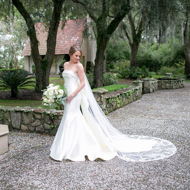 Planning your wedding?  Give us a call for your wedding photography!  We have 17 years experience in weddings and love every minute of them!! This gorgeous bridal session was photographed at a private estate available by appointment.  @riveroakscharleston @carolinedavispickhardt #carmenashphotography #weddingphotography #weddingdress #southernwedding #southcarolinaweddingphotographer #lowcountryweddingphotographer #bride #bridalportrait #marthastewartweddings