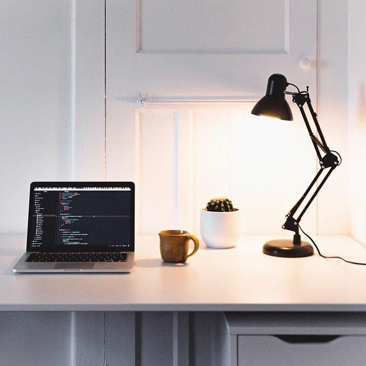 Deskplan.JPG