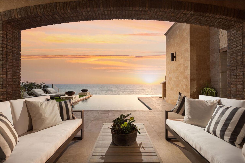 dana-point-sunset-outdoor-pool-seating.jpg