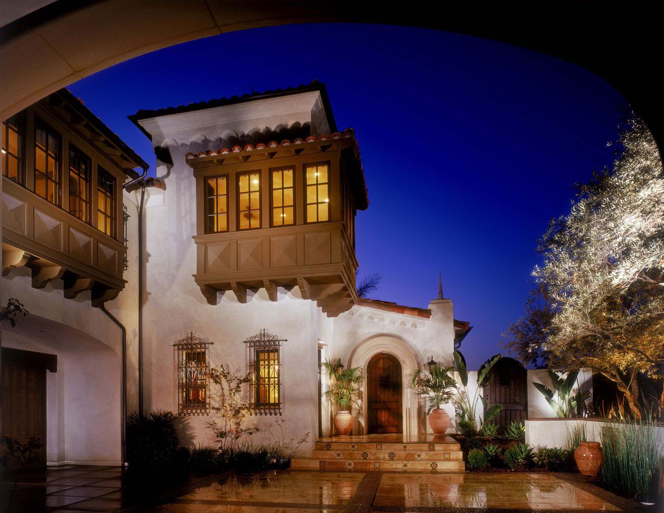 Contemporary-Spanish-Front-Facade-Oriel-Window-Corbin-Reeves.jpg