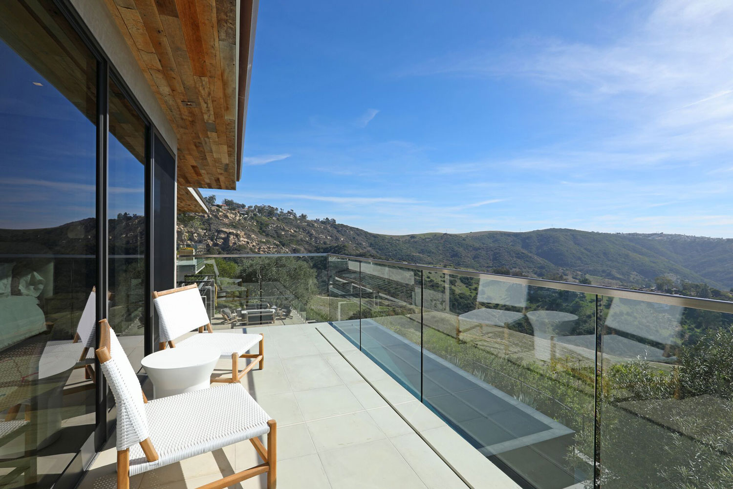 temple-hills-balcony-seating-mountains.jpg