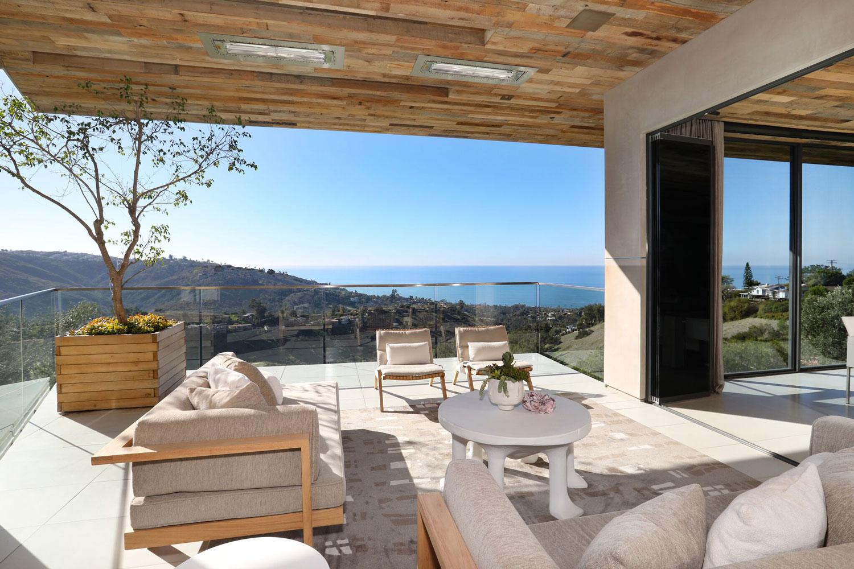 temple-hills-outdoor-patio-balcony.jpg