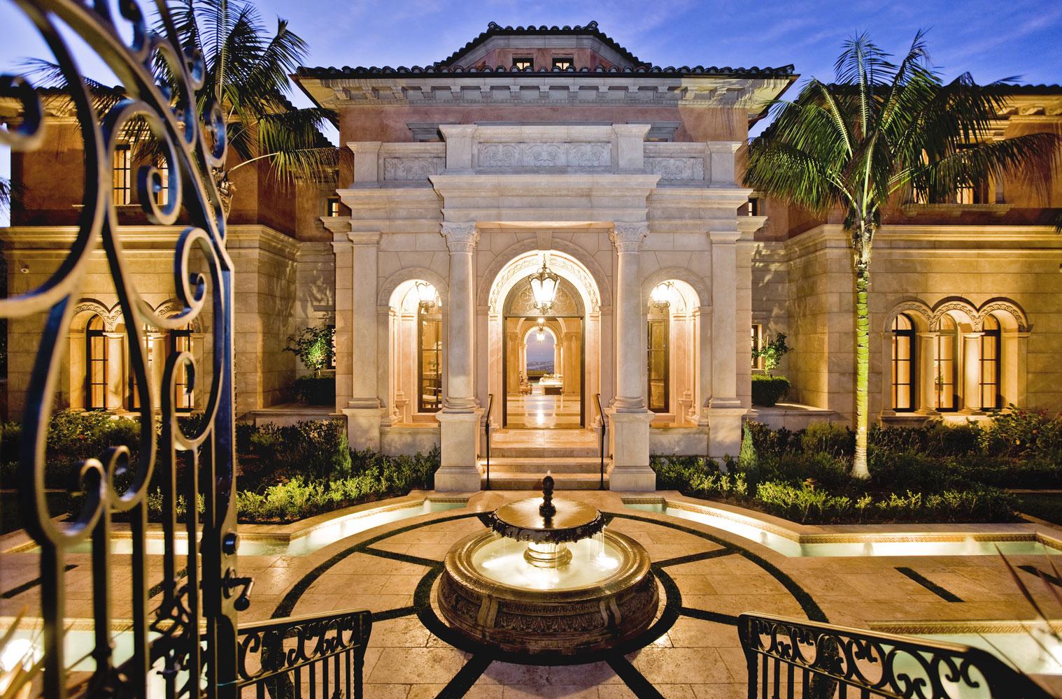 Contemporary-Italianate-Front-Entryway-Fountain-Columns-Corbin-Reeves.jpg