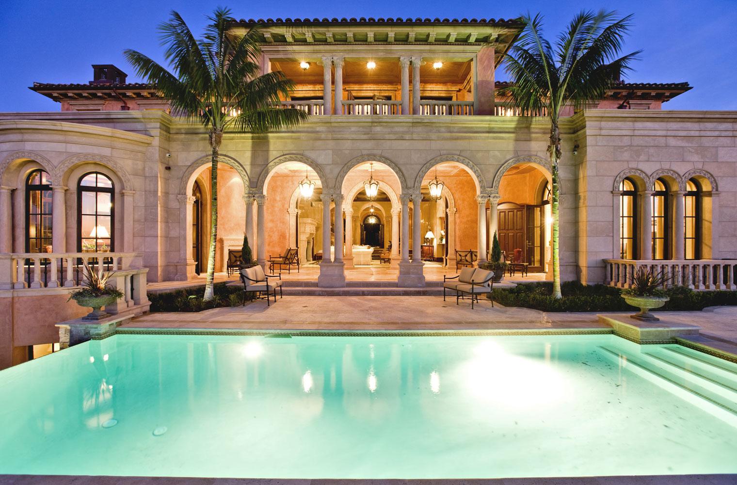 Italianate-Rear-Exterior-Pool-Indoor-Outdoor-Archways-Corbin-Reeves.jpg