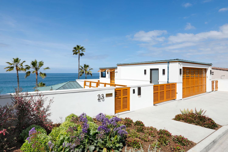 3-Contemporary-Beach-House-Garage-Corbin-Reeves.jpg