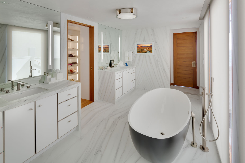 16-Contemporary-Master-Bathroom-White-Marble-Freestanding-Tub-Corbin-Reeves.jpg