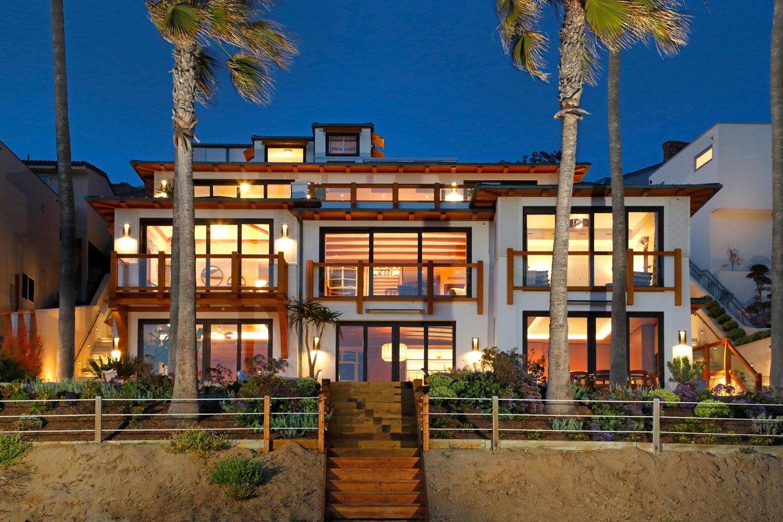 24-Contemporary-Beach-House-Steel-Windows-Corbin-Reeves.jpg