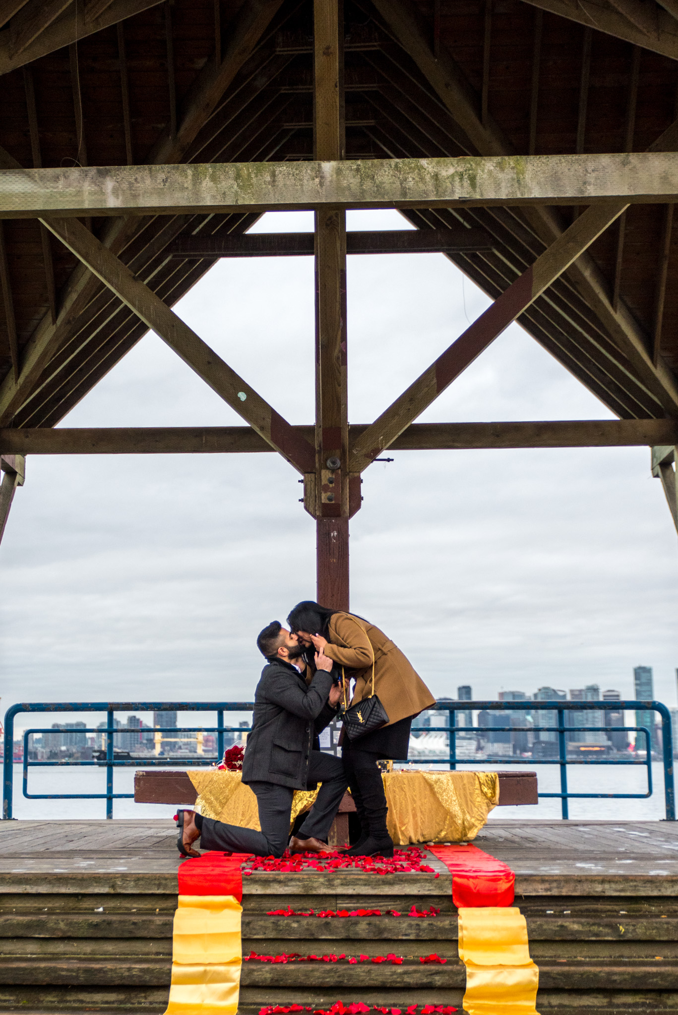 Vancouver couple gets engaged during a proposal in North Vancouver