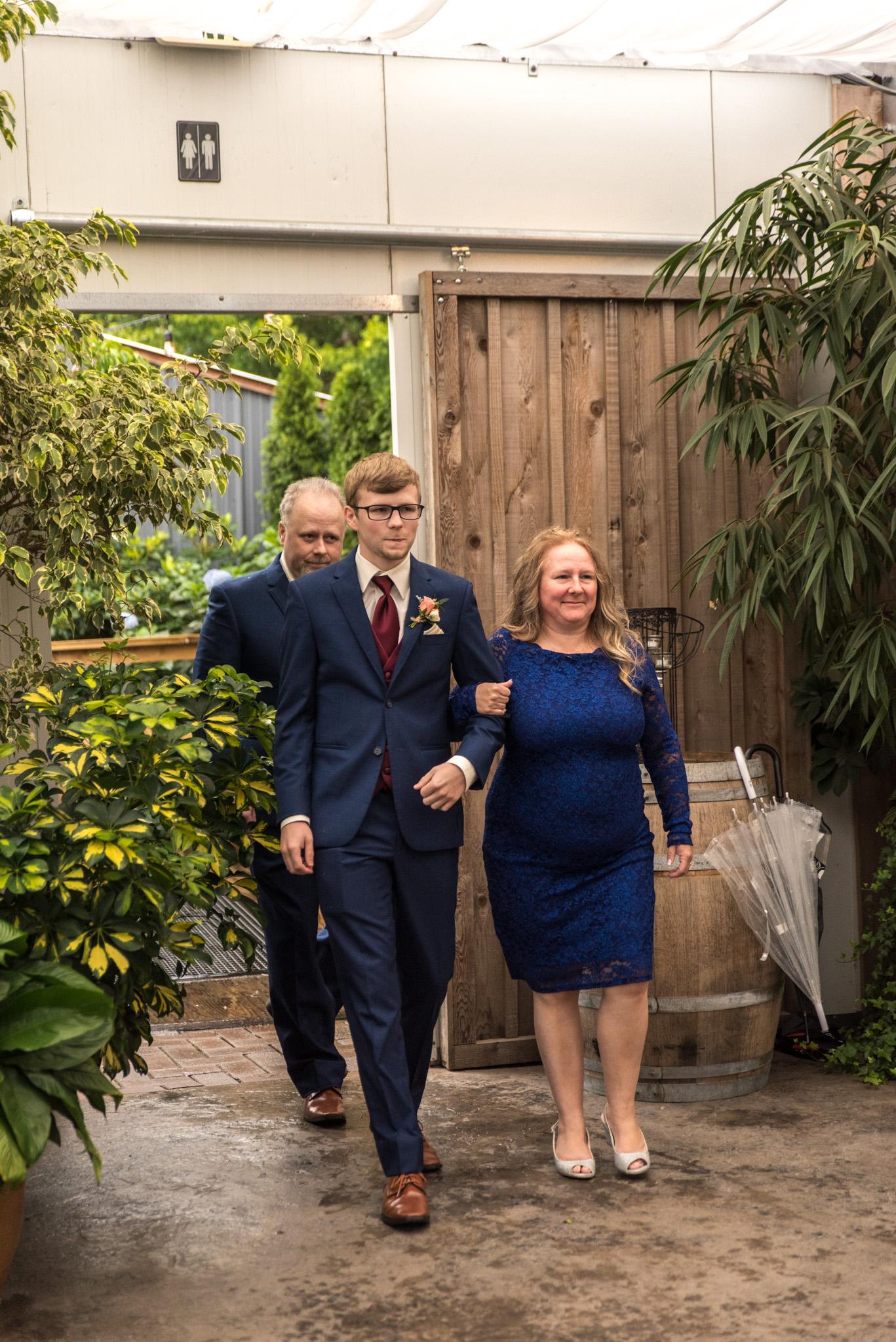 Abbotsford Wedding Photographer-24.jpg