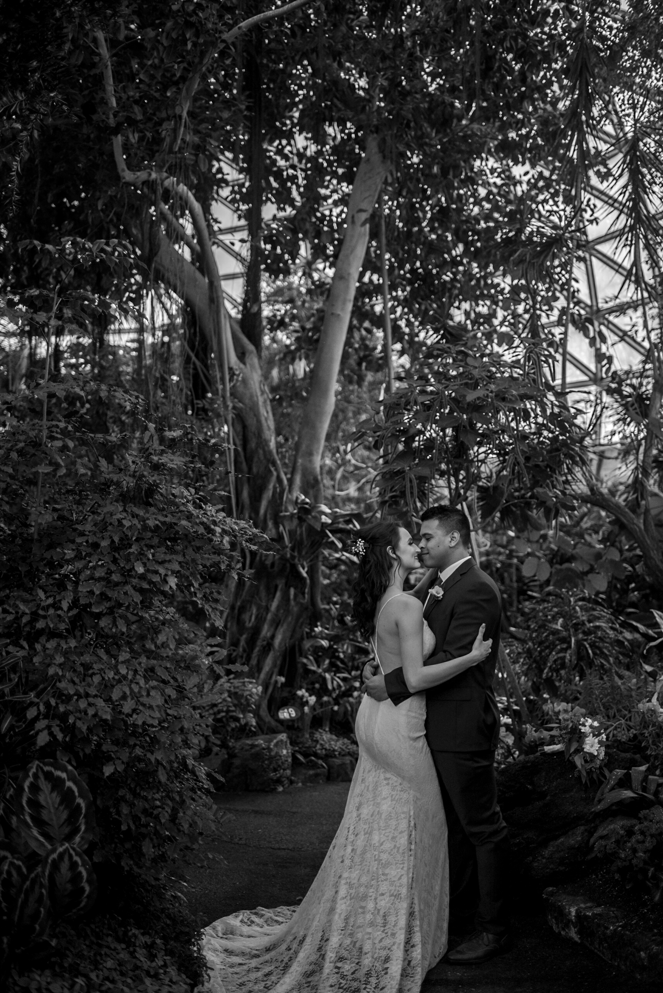 Vancouver BC Bride and Groom in Bloedel Conservatory