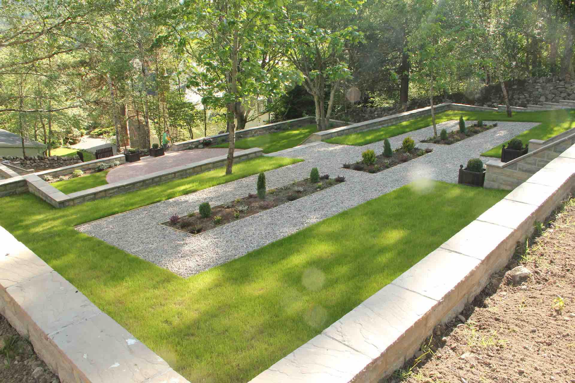Garden landscape design multi-tiered Kinguissie