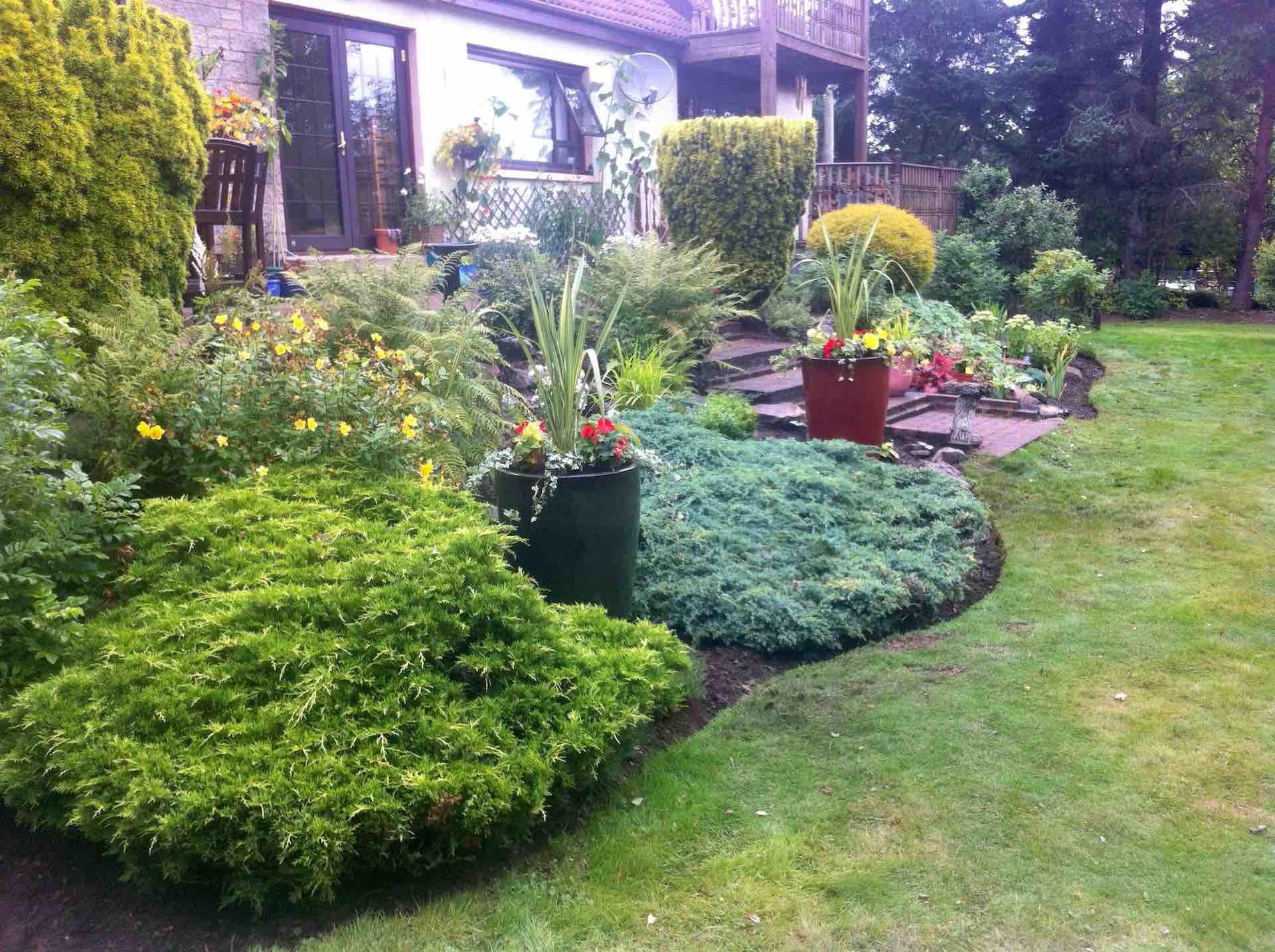 Garden restoration services Kinguissie