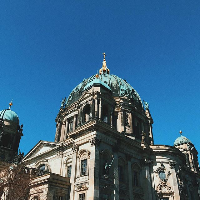 . . 1/3🔵Blue Berlin#berlindom#Museumsinsel
