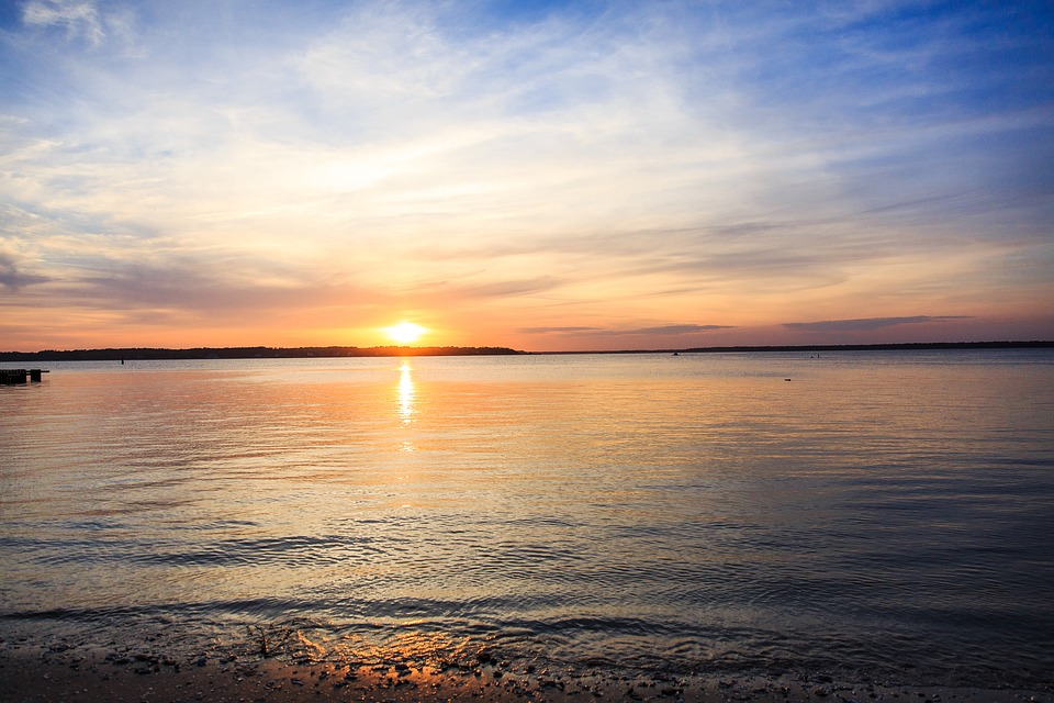 sunset-2794193_960_720.jpg