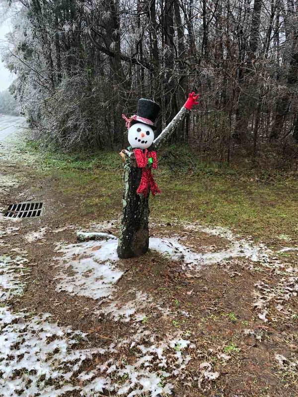 lori tree stump snowman.jpg